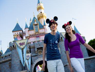 <i>Disneyland</i>&reg; Resort